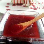 Salsa di fragole e frutti di bosco