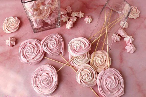 Ricetta Meringhe Rosa Con Bimby.Lecca Lecca Di Meringa Uno Stecco Goloso Zampine In Cucina